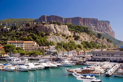 cassis_harbour