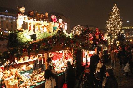 Dresden+Christmas+Market+Open+YRi1qXo9u2lx[1]